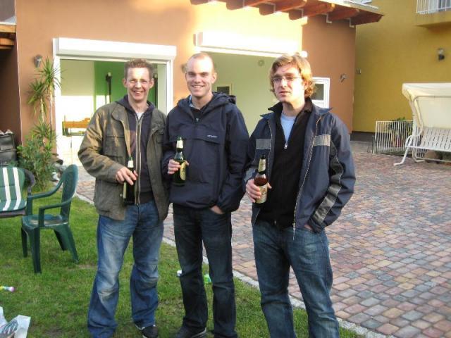 Dennis Benny Winni und Bier